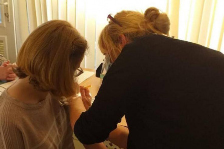 Cabrini House resident receives vaccination